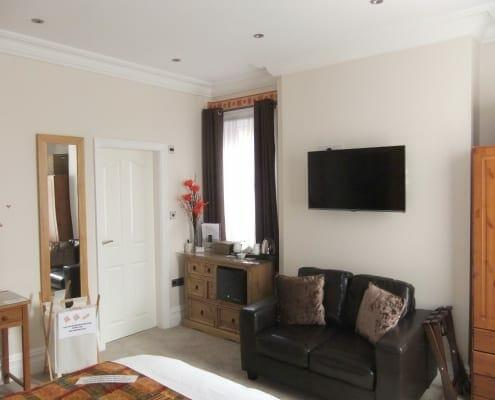 DSCF7671 495x400 Our Suites